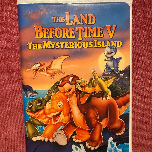 The Land Before Time V The Mysterious Island VHS